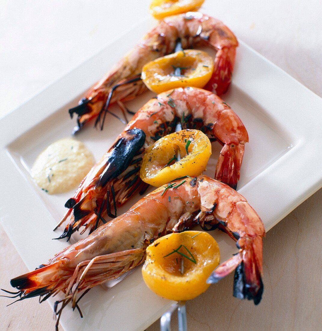 Gambas and apricot creole brochettes