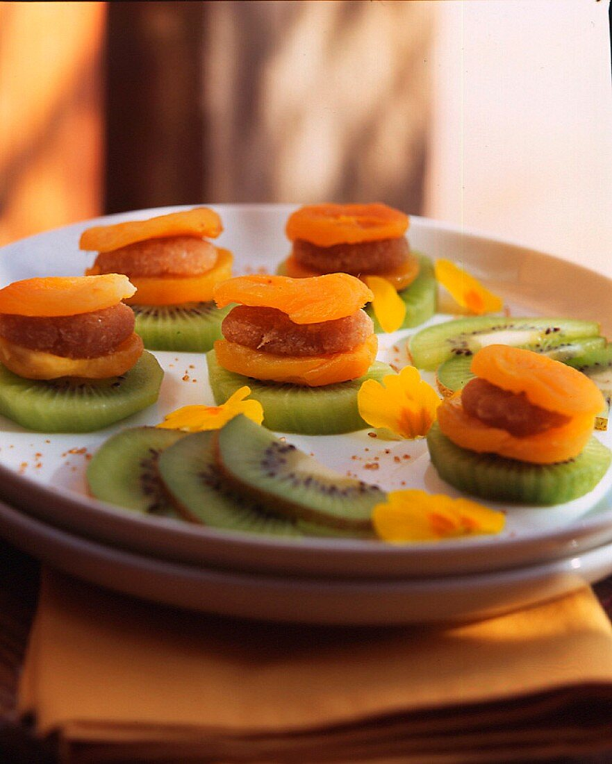 Apricot mumps stuffed with almonds and coconuts