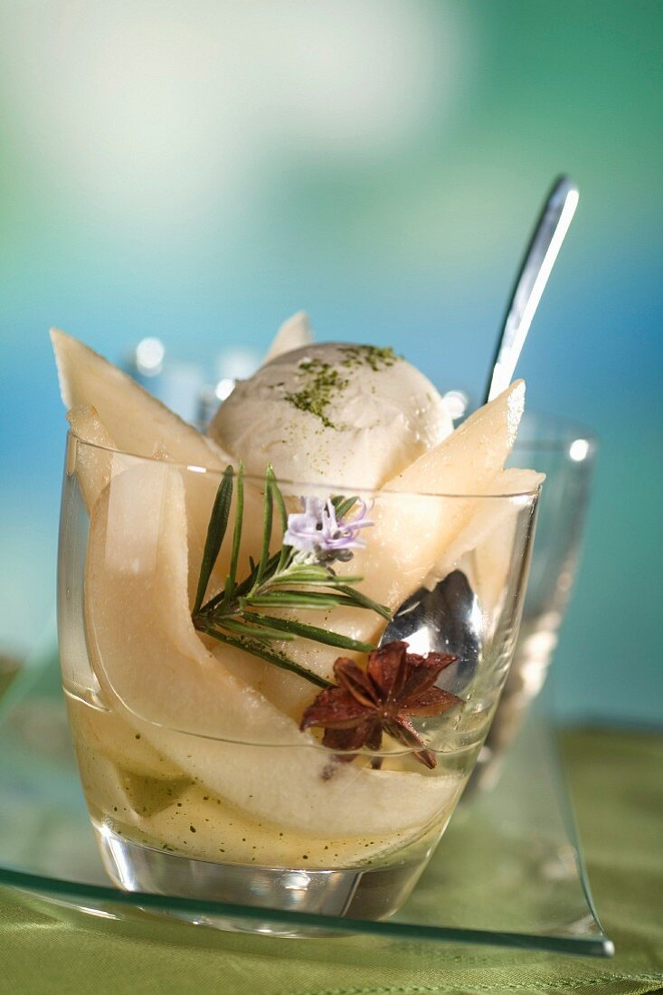 Pears in green tea syrup with mascarpone