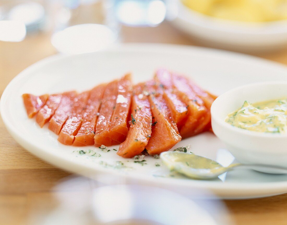 Silver salmon with dill tartare sauce