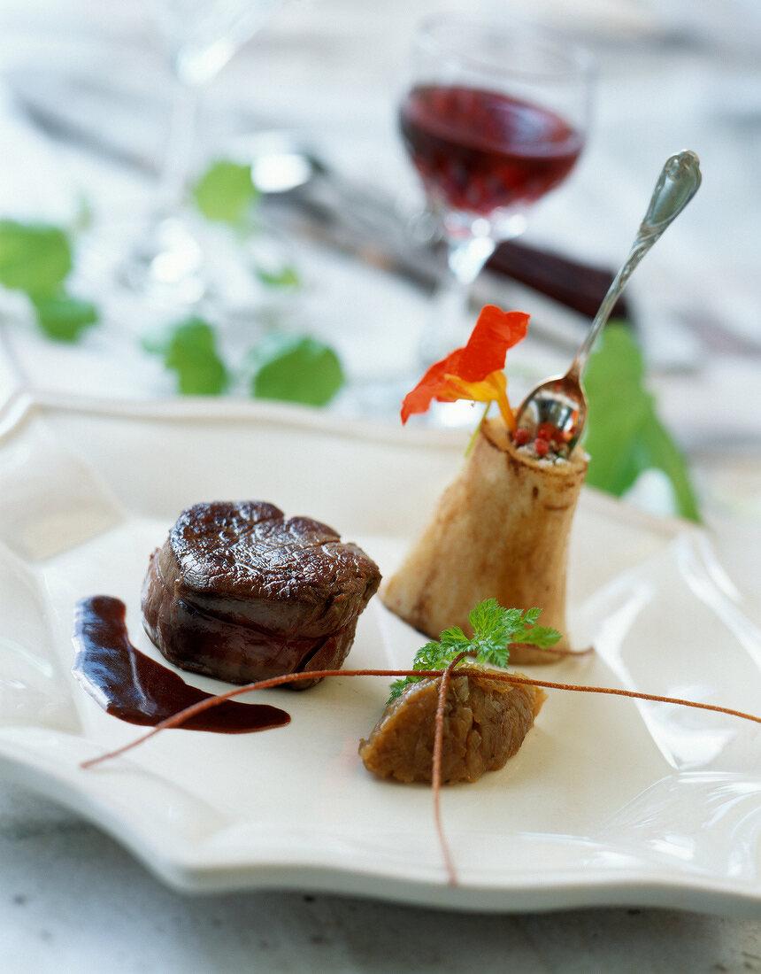 charolais steak with Hermitage wine sauce (Restaurant: Les Cèdres)