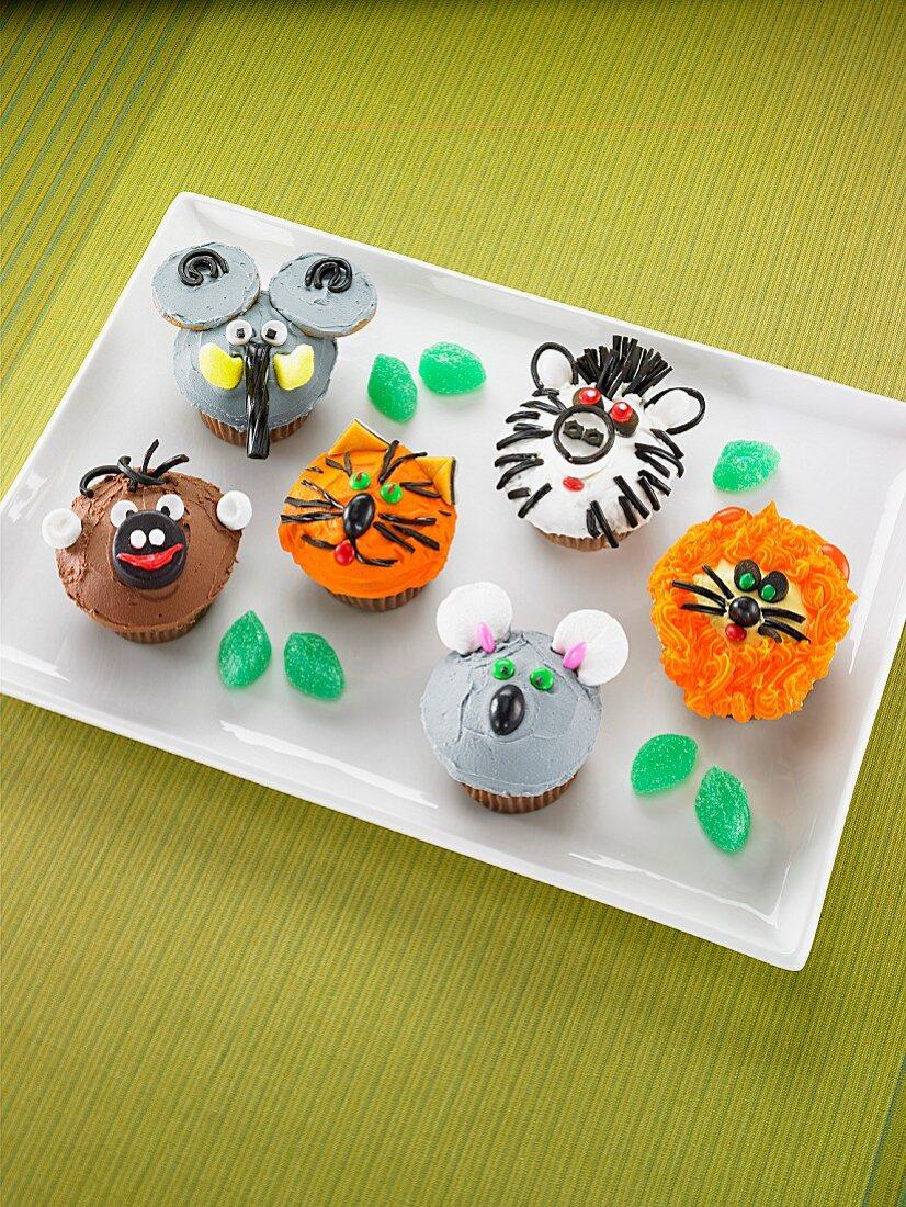 Funny animal cupcakes