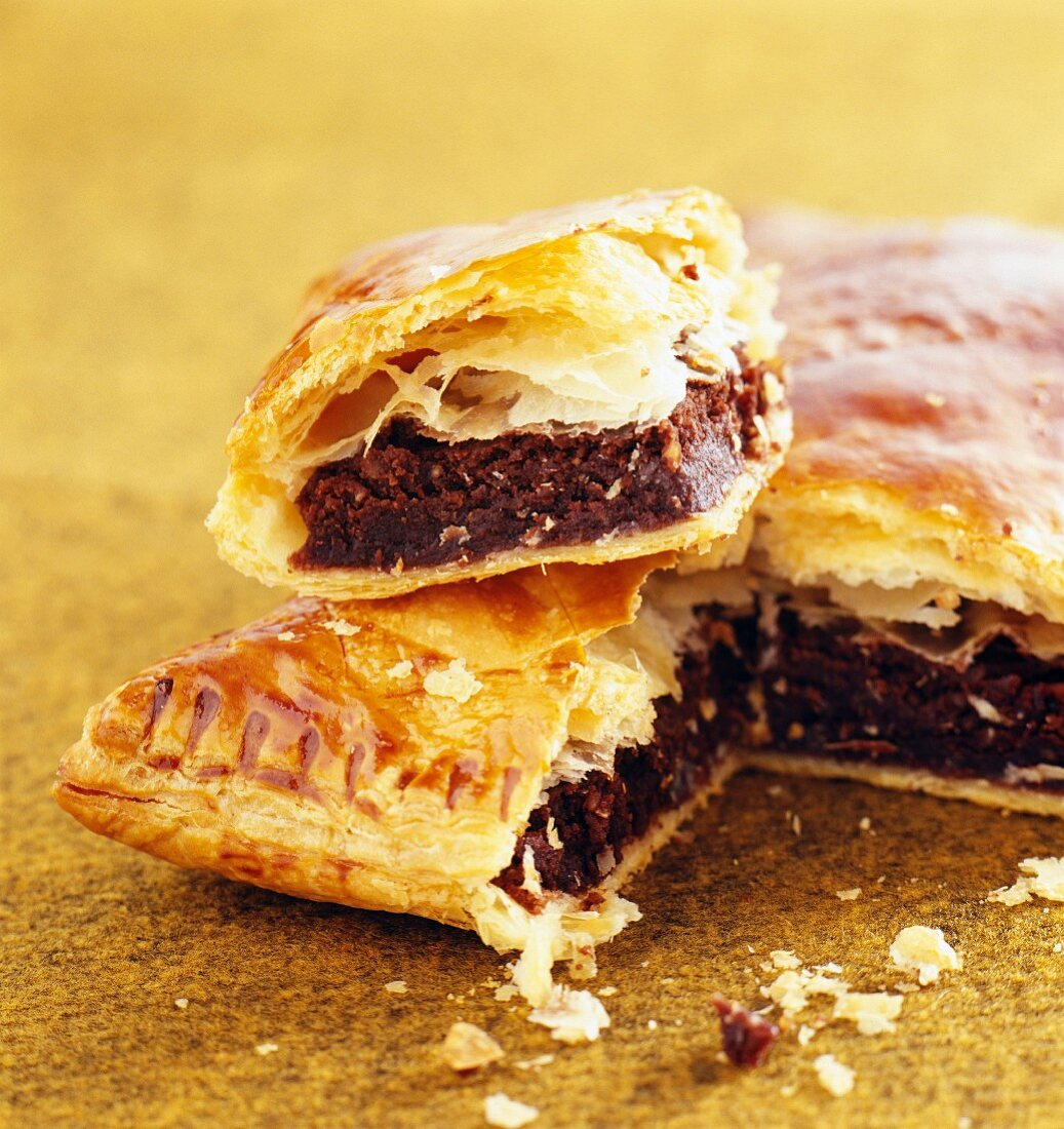 Puff pastry cake with a chocolate filling