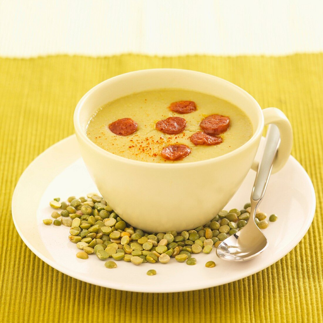 Cream of pea soup with chorizo