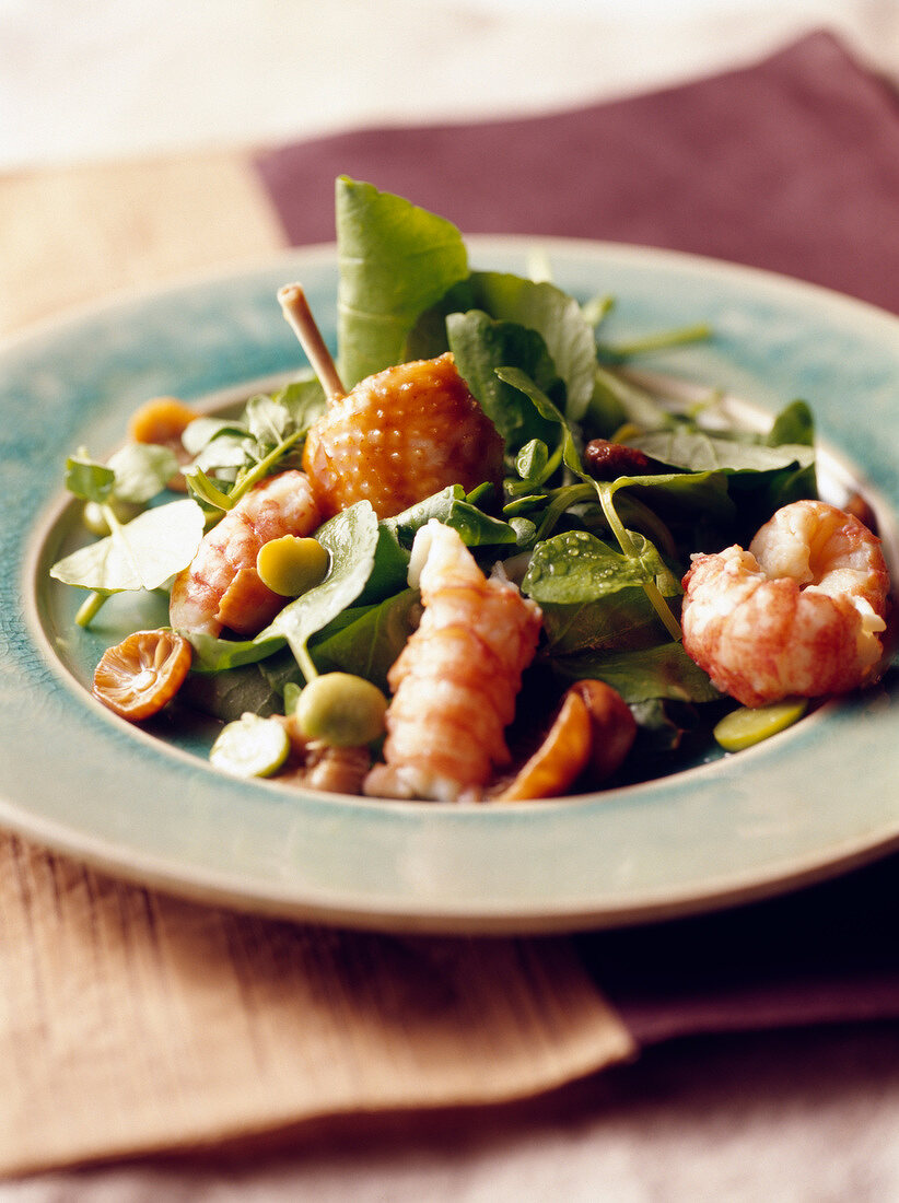 Watercress,poulard hen wing,crayfish,broad bean and chanterelle salad