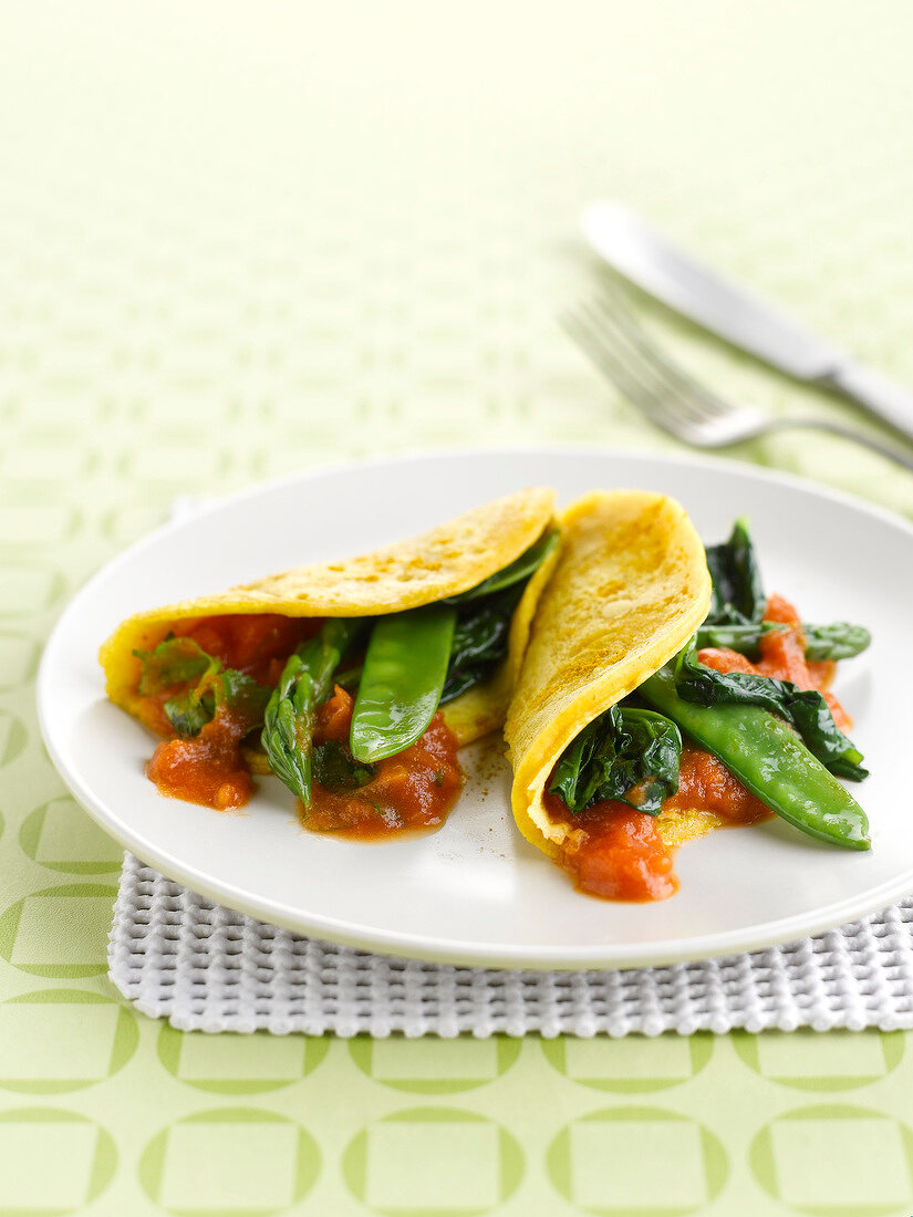 Curry-flavored pancakes with vegetables