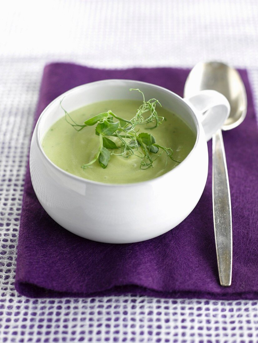 Cream of avocado soup with affilla cress