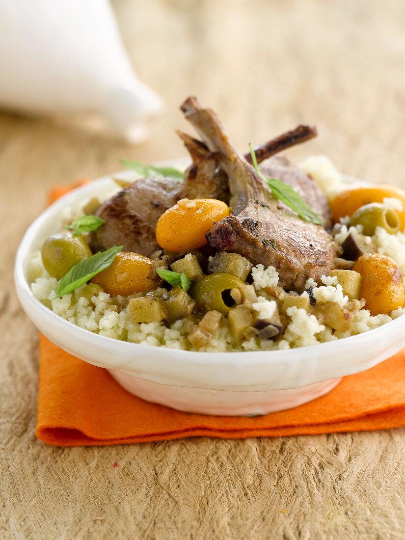 Lammtajine mit Kumquats und grünen Oliven