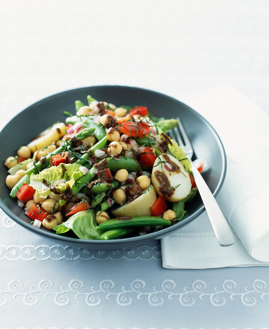 Chickpea,green bean and asparagus salad