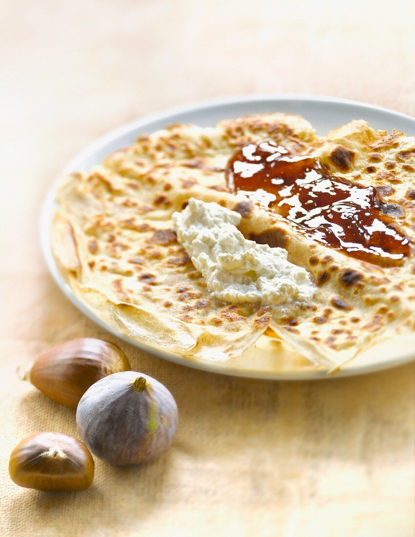 Chestnut flour pancake with Brocciu and fig jam