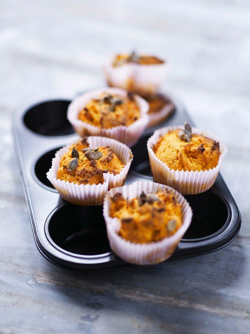 Giraumont pumpkin and orange-flavored muffins
