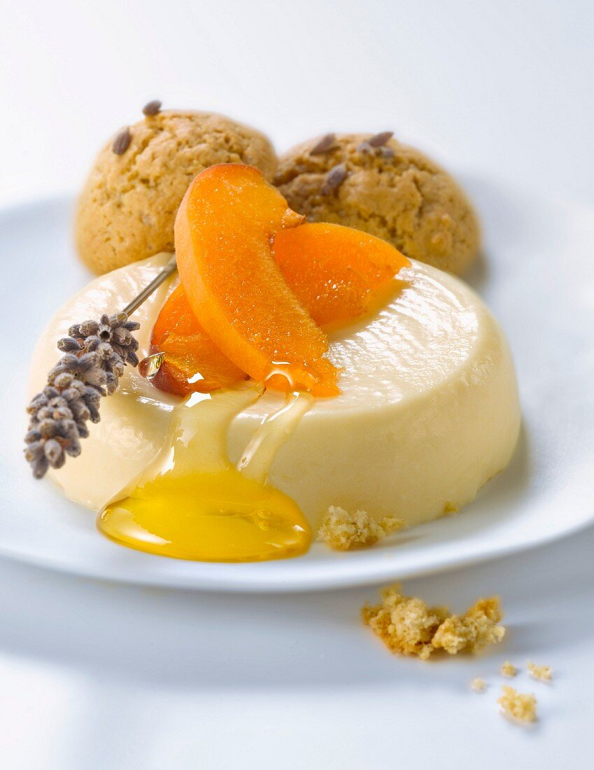 Panacotta with apricots,honey and lavander cookies