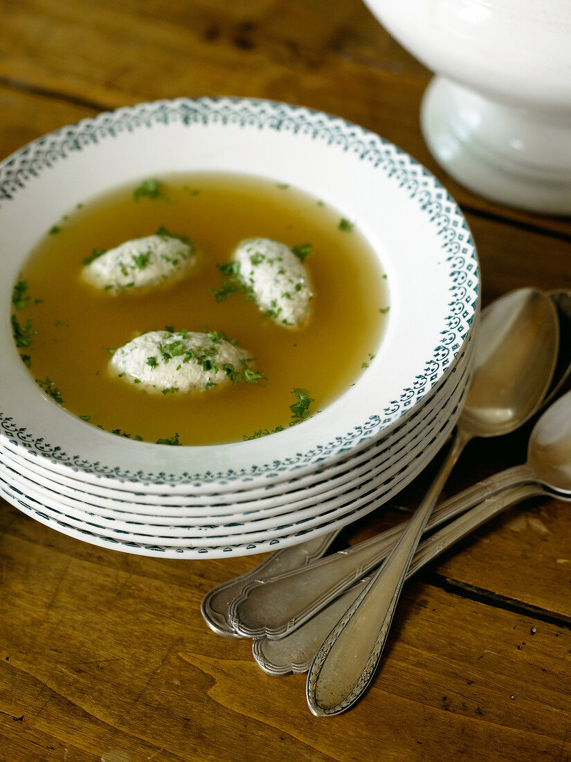 Pheasant broth with quenelles