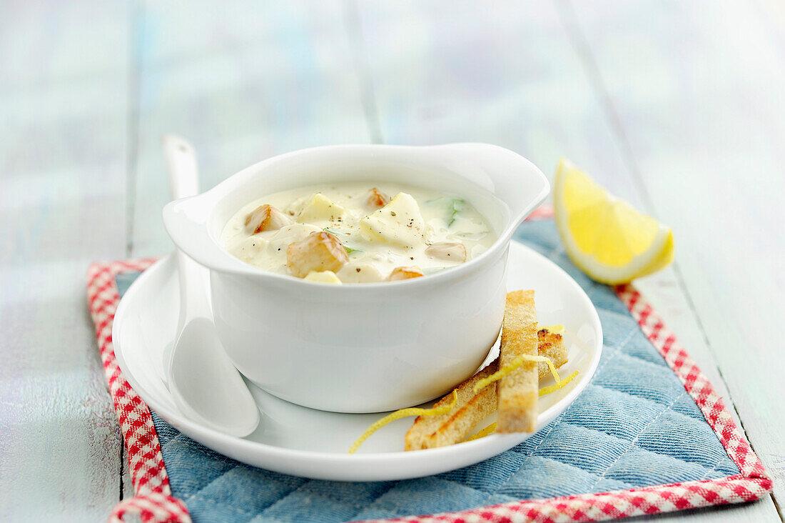 Creamy petoncle scallop chowder