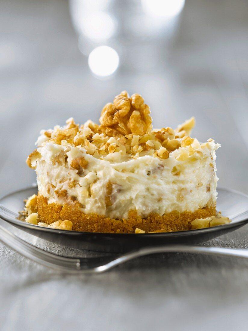 Gorgonzola,walnut and gingerbread cheesecake