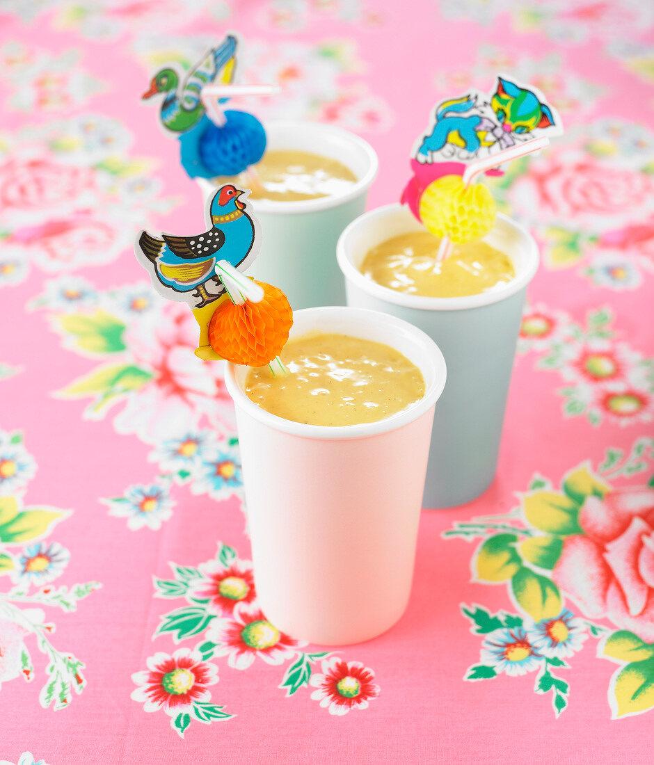 Mango-banana milk shake