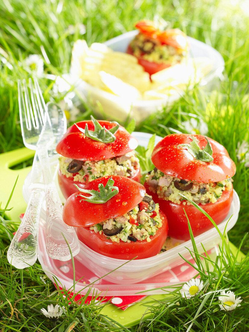Tomatoes stuffed with semolina