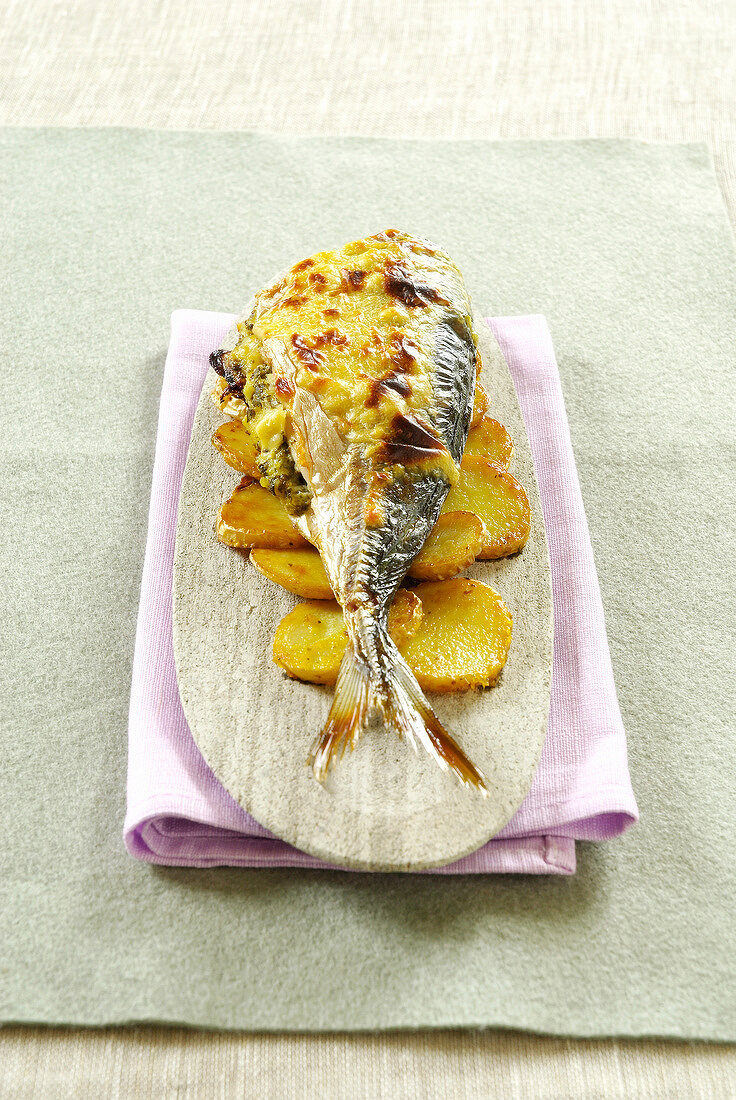 Grilled Lavaret with sorrel and potatoes