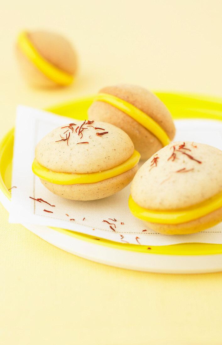Vanilla-saffron Whoopies