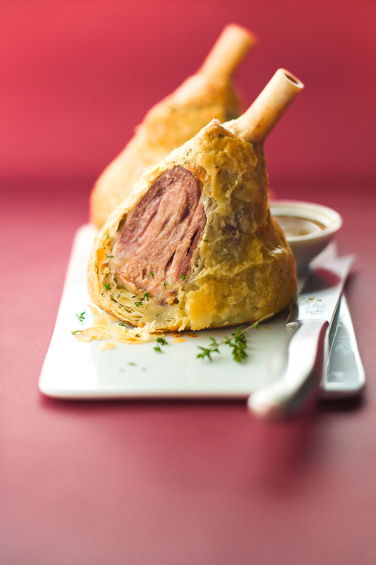 Knuckle of lamb in flaky pastry crust