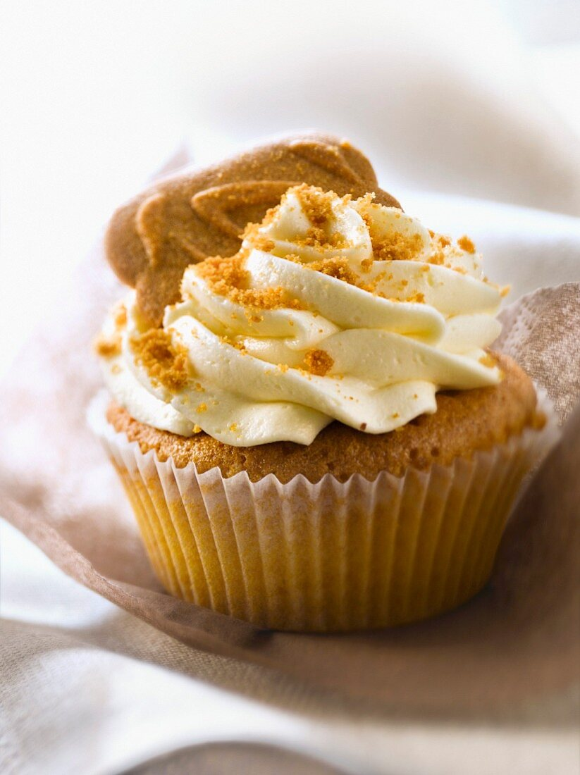 Spéculos and apricot cupcake