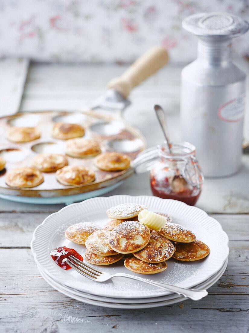 Mini pancakes with strawberry jam