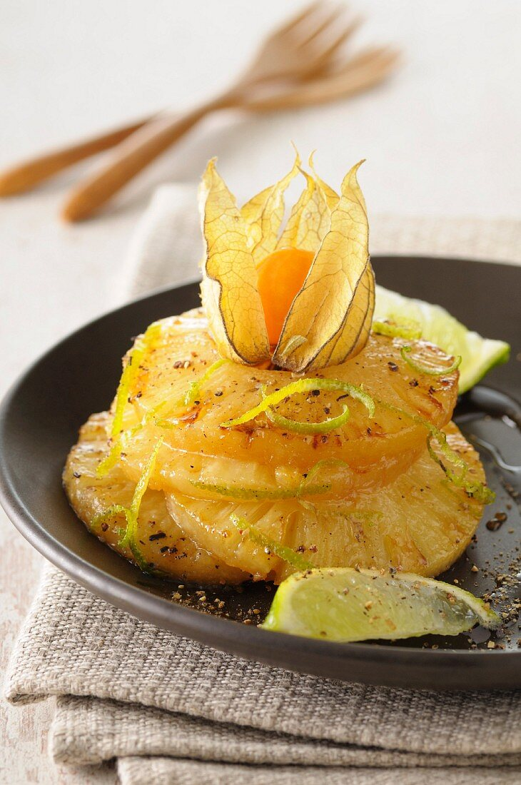 Caramelized pineapple rings with pepper and lime