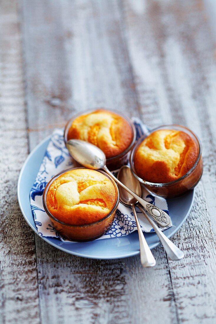 Ricotta-mandarin orange small cakes