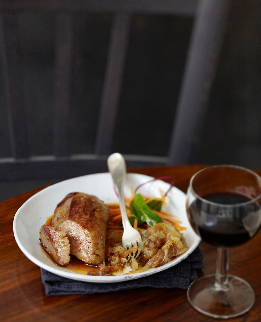 Veal's liver with cider vinaigar sauce,stewed onions and dates