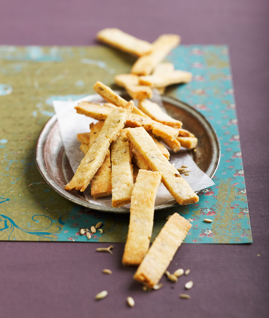 Aniseed, cumin and fennel seed pastry sticks