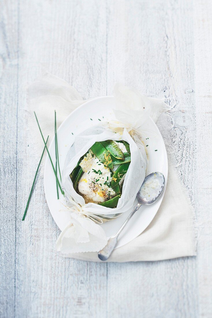 Cod and runner beans with Noilly Prat,lemon and chives cooked in wax paper