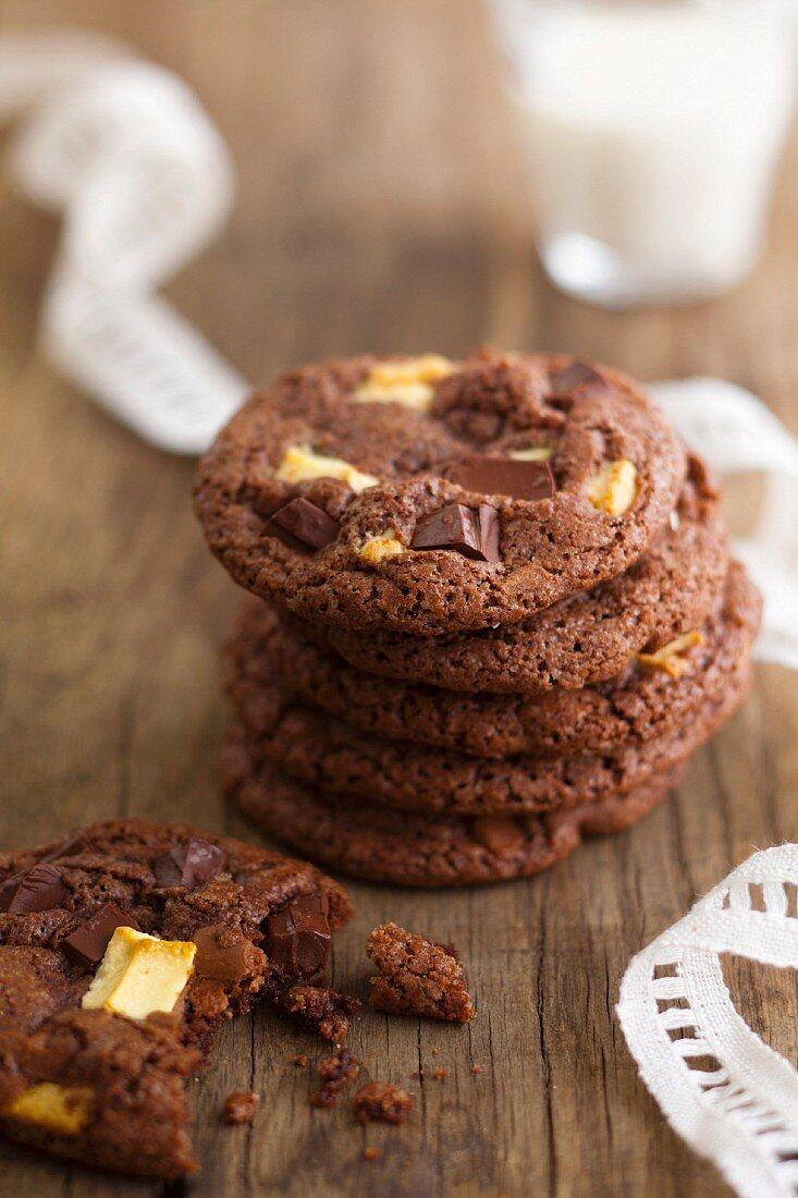 White,dark and milk chocolate cookies