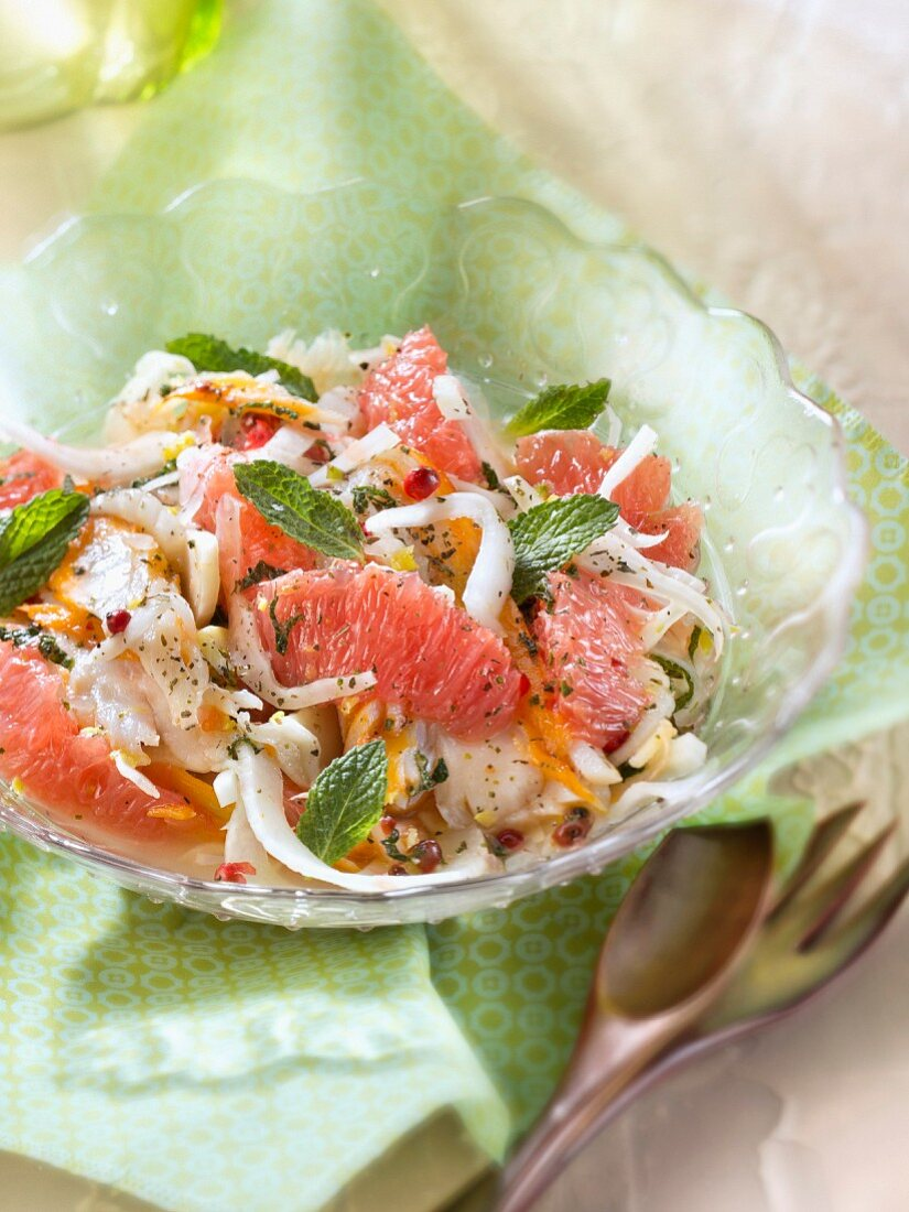 Raw haddock and grapefruit salad,green tea and mint vinaigrette
