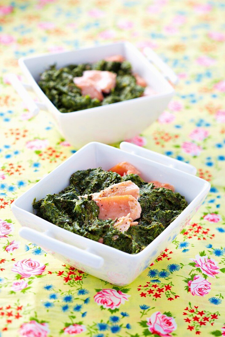 Spinach,sorrel and salmon bake