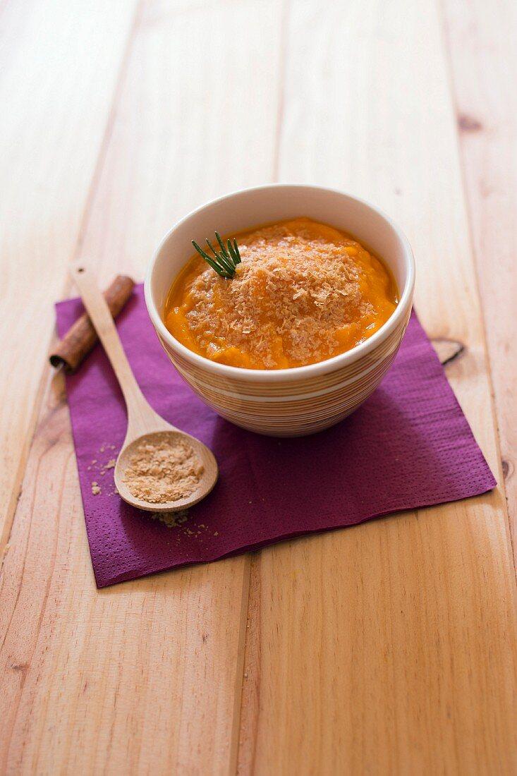 Spicy pumpkin mash with beer yeast