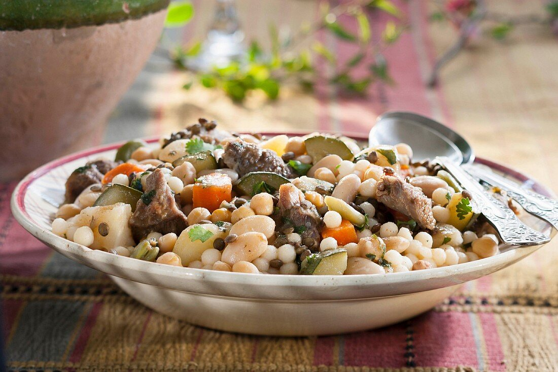 Petits plombs with vegetables and mutton