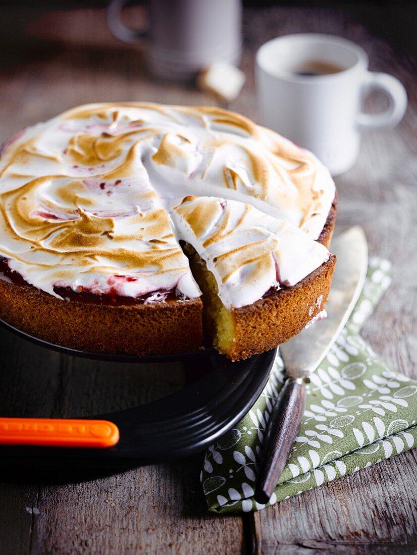 Redcurrant meringue pie