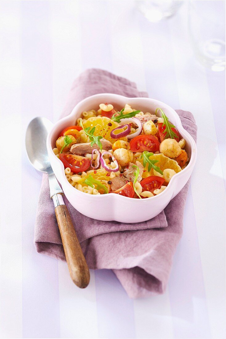 Shell pasta, ugli fruit, tuna, scallop and red onion salad