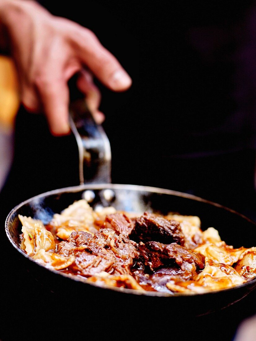 Pan-fried Daube Niçoise with raviolis