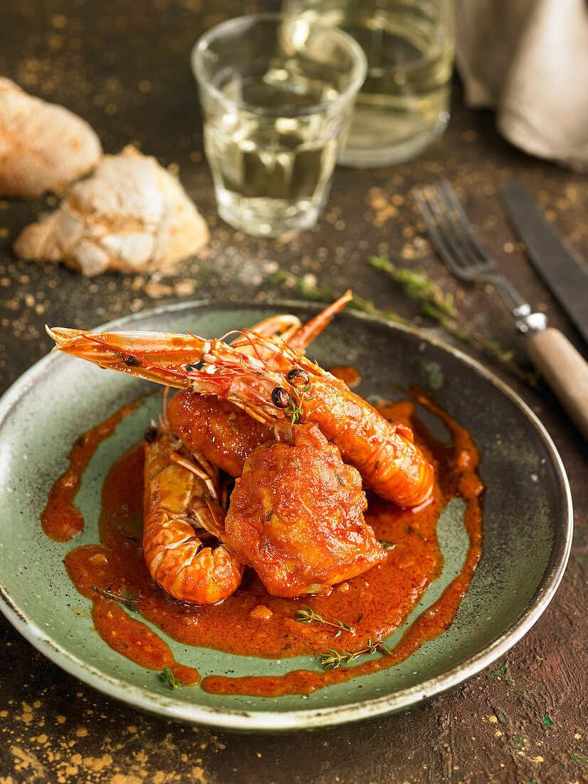 Chicken and langoustines in Armoricain sauce