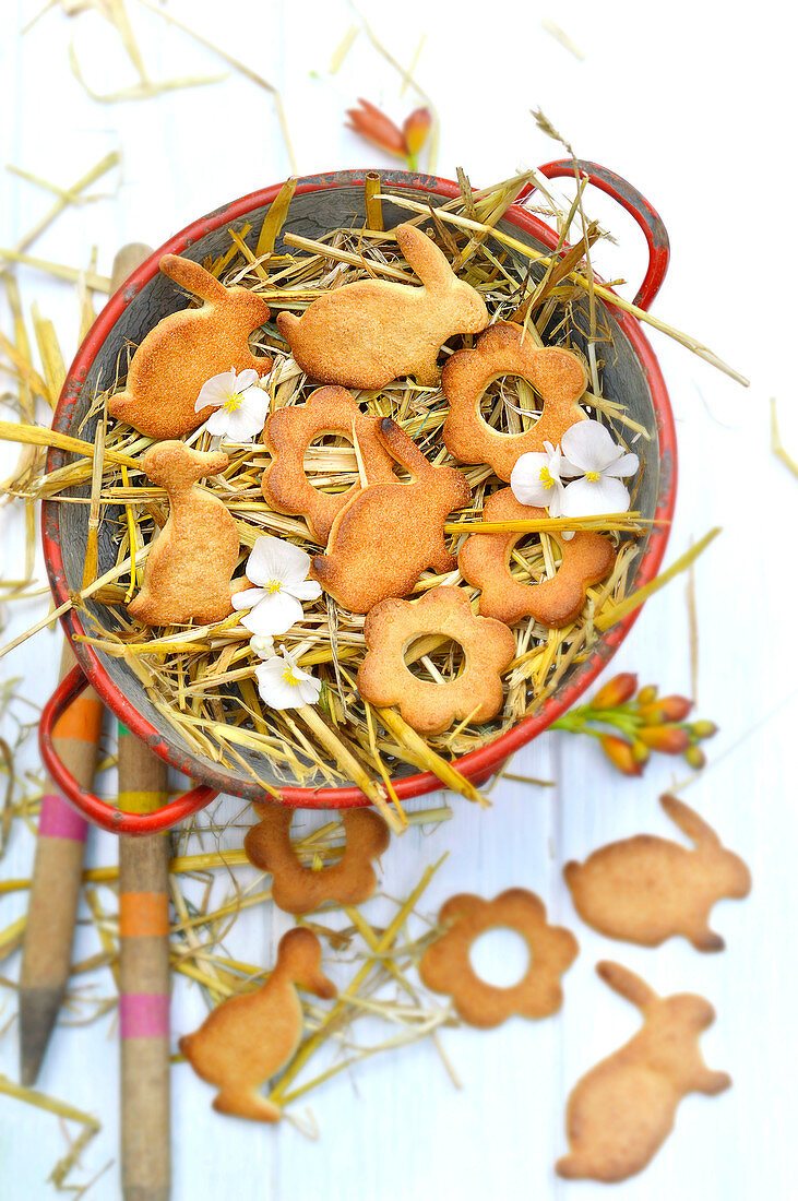 Flower and rabbit-shaped Easter shortbreads