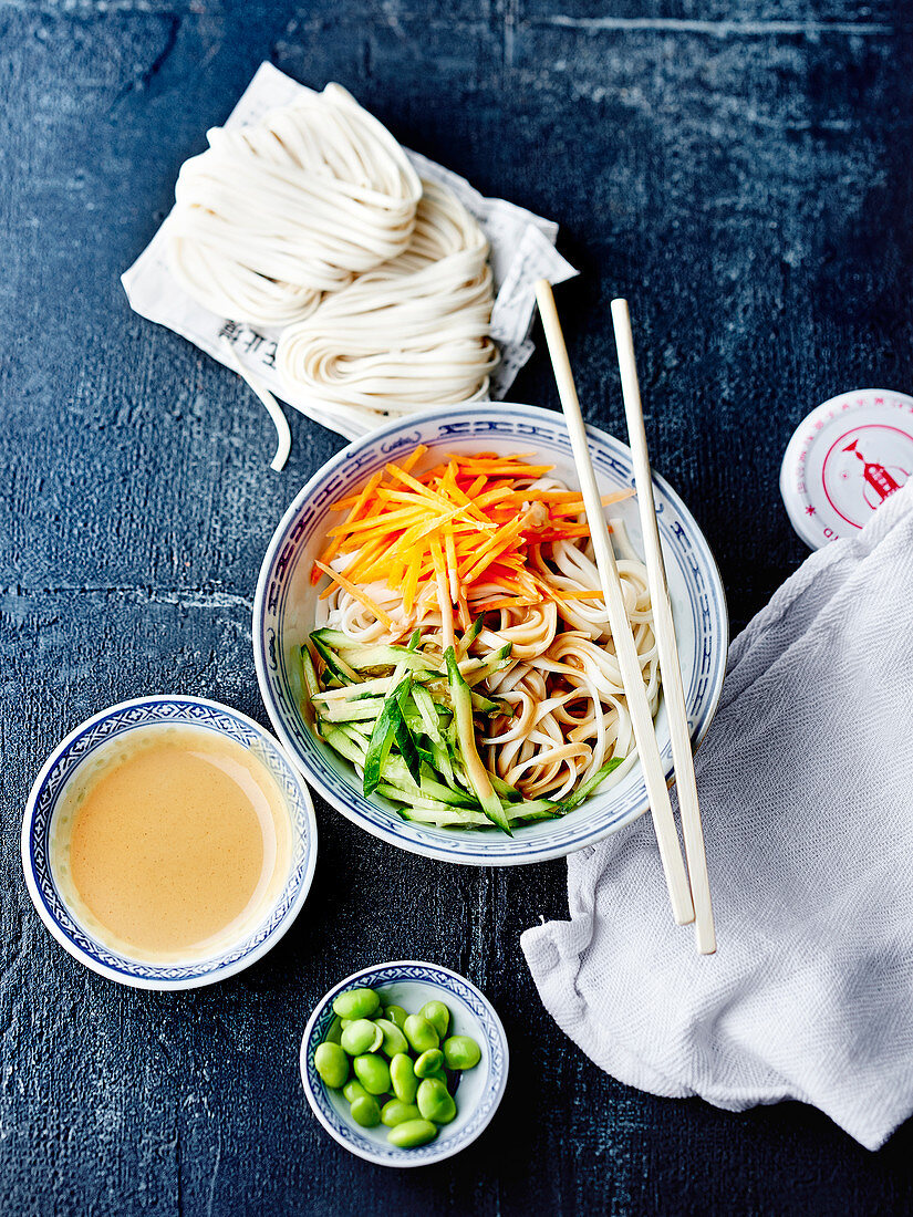 Mixed noodle salad with sesame sauce