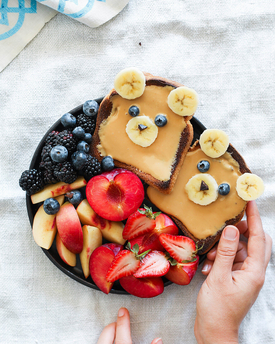 Bear toasts and a plate of fruit
