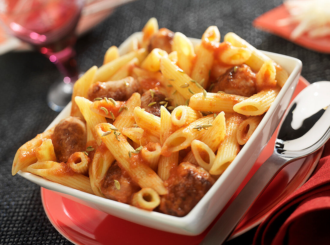 Penne with chipolatas