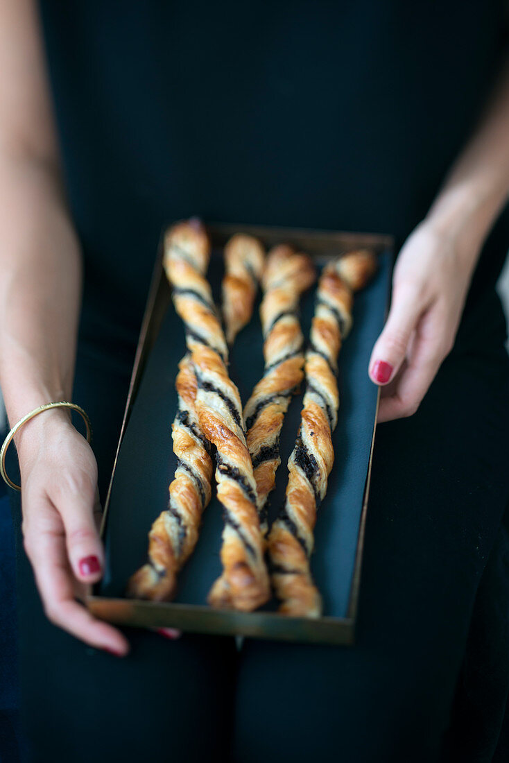 Tapenade twist breadsticks