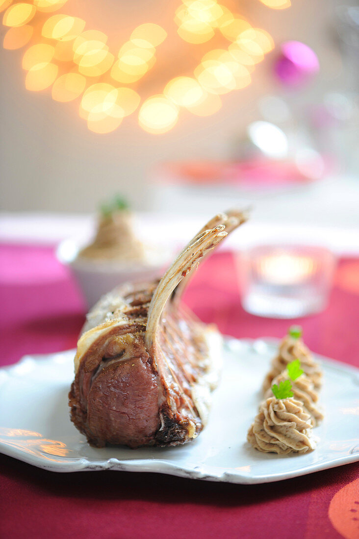 Rack of young wild boar and chestnut puree with herbs