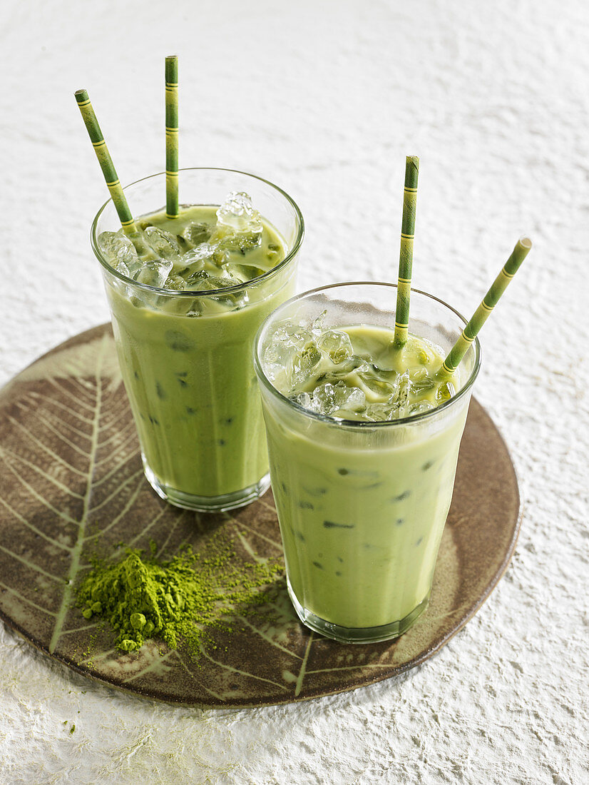 Green Matcha Tea Almond Milk
