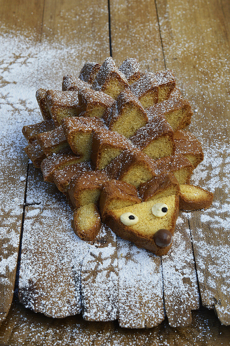 Christmas Pandoro in the shape of a hedgehog