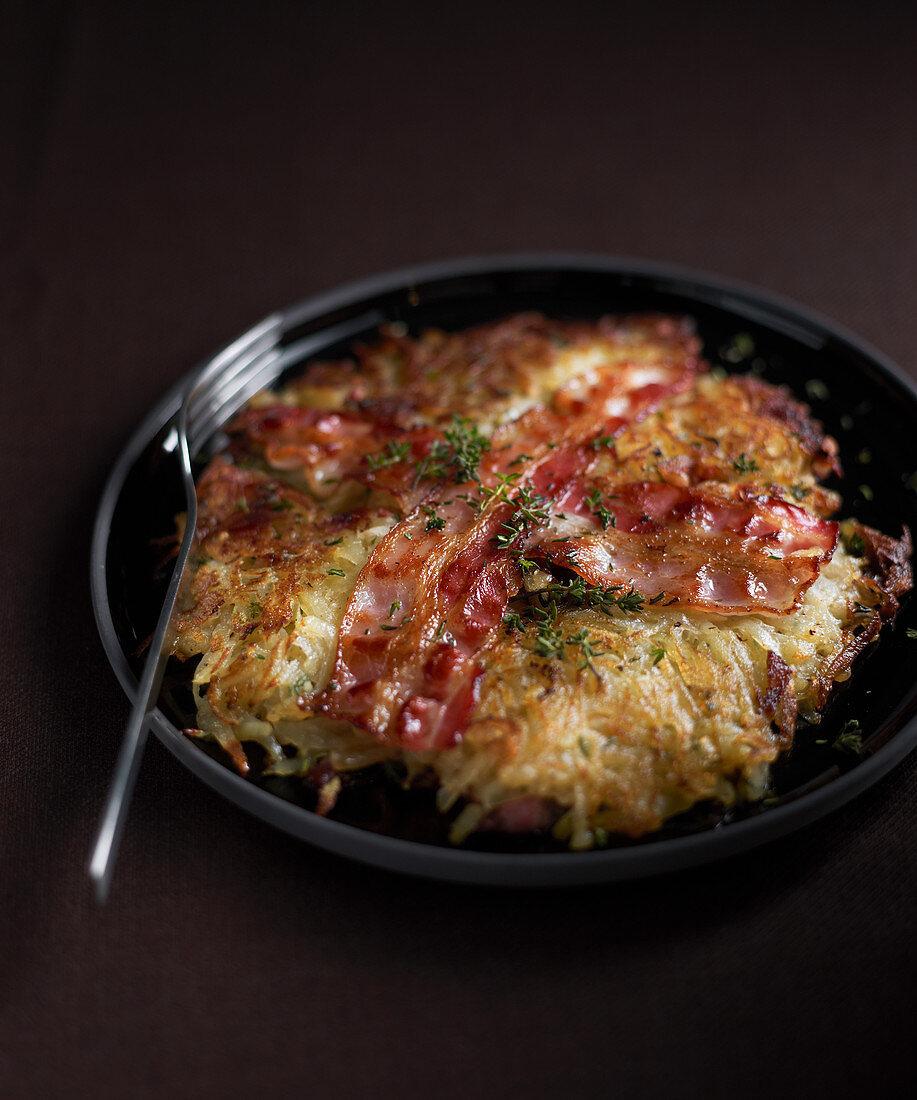 Rösti of potatoes with bacon