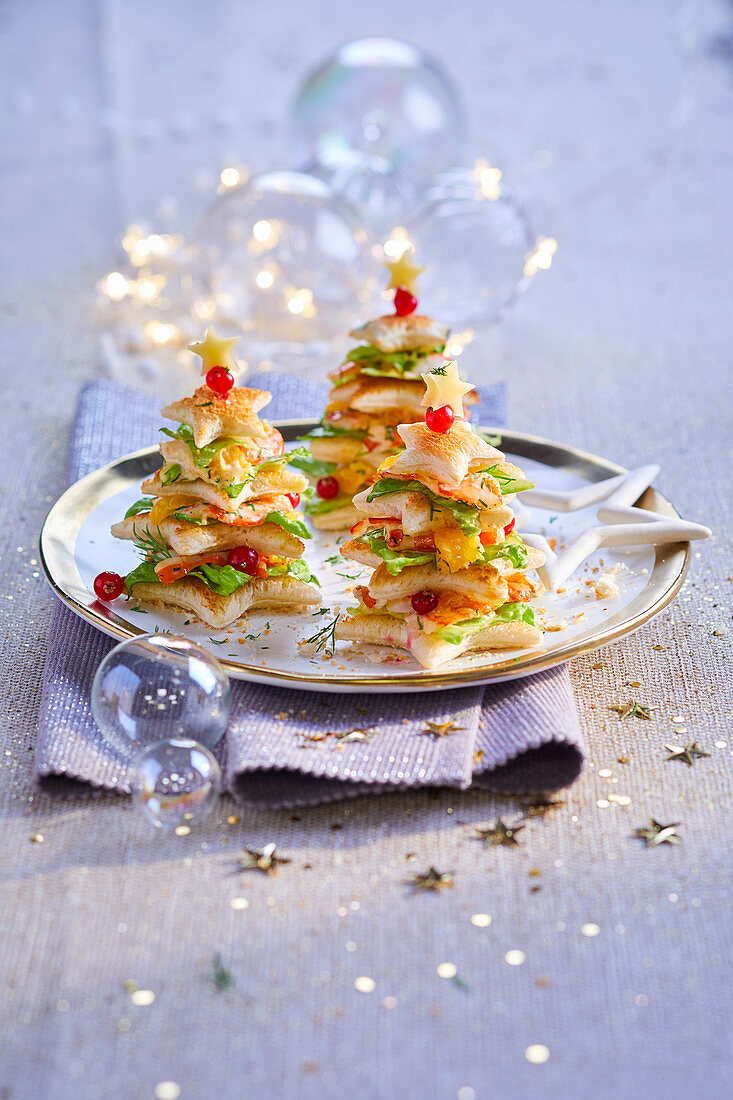 Flaky pastry and crayfish and lettuce Christmas trees
